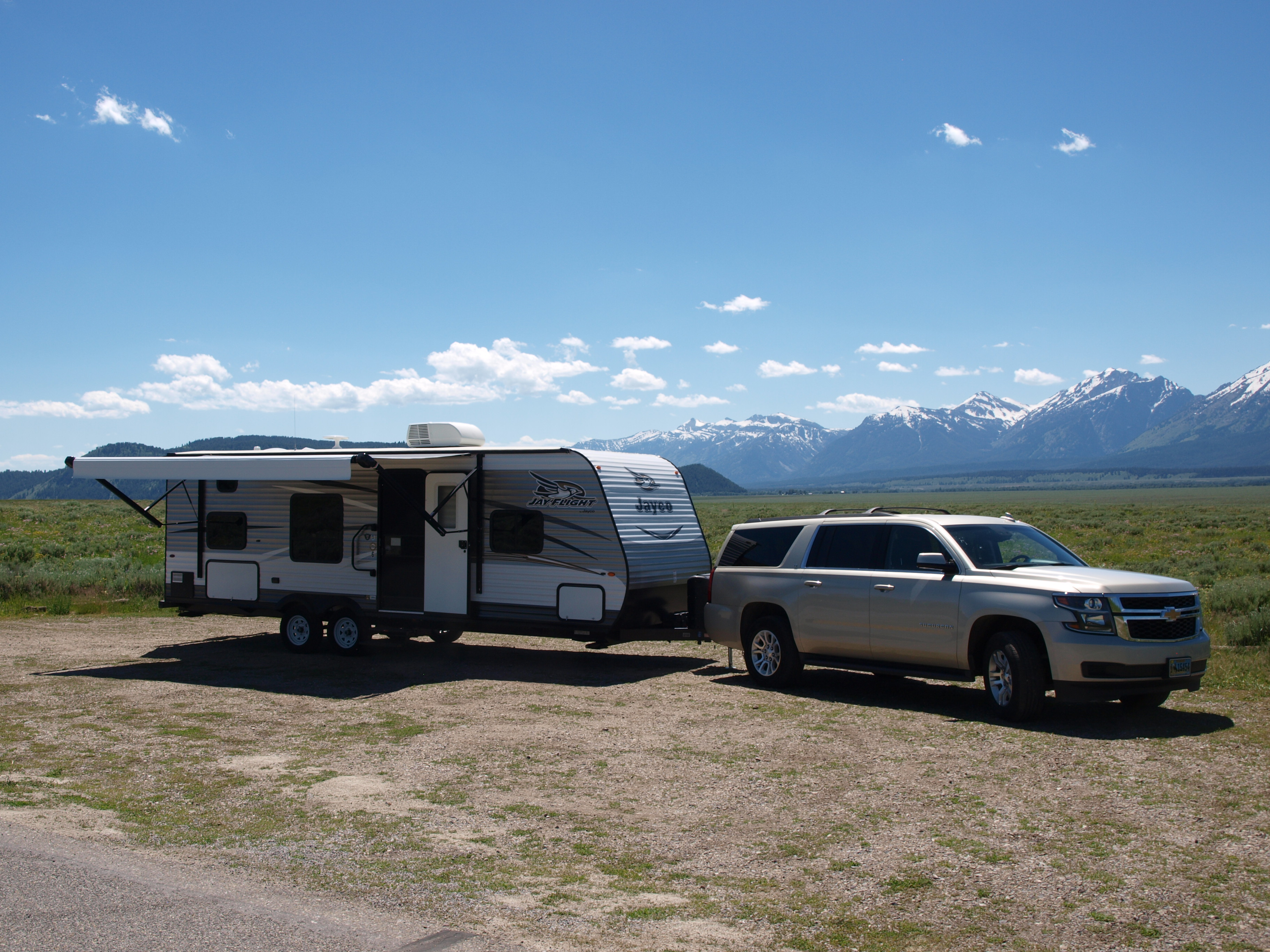 26Ft Travel Trailer and Large SUV